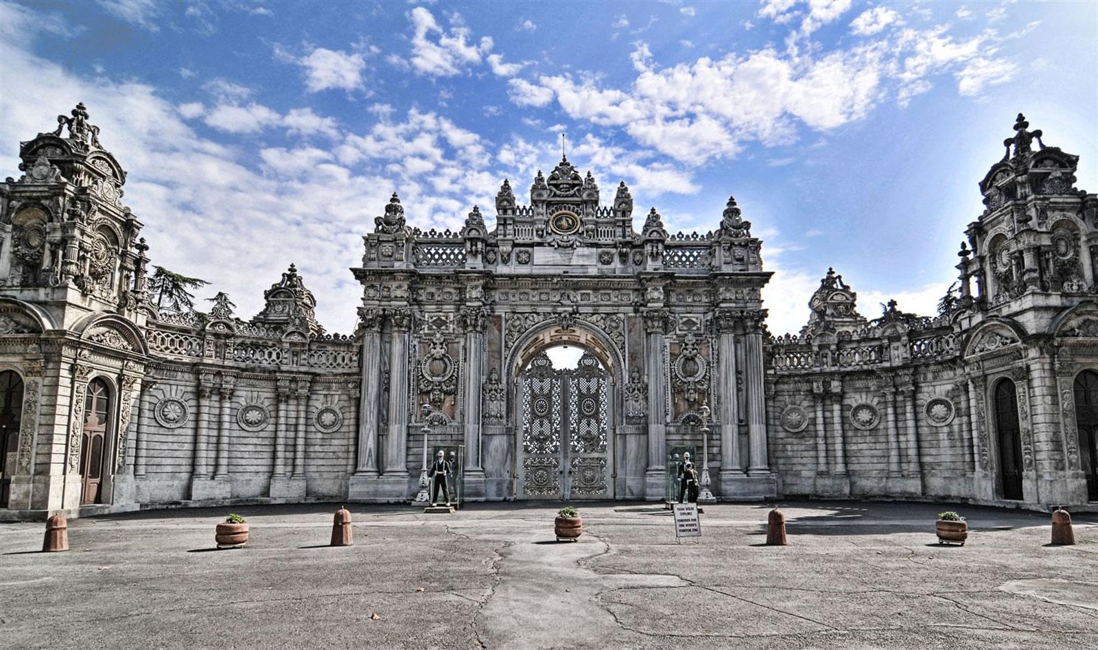 Dolmabahçe Palace Photo Gallery