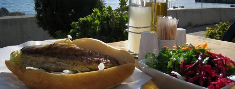 Balık-Ekmek (Fish and Bread)